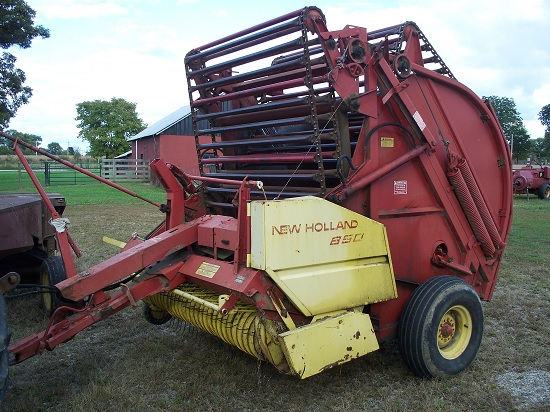 John Deere 851 Hay Rake : Farm machinery